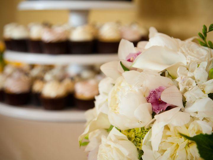 Tmx 1383843743379 Mlp1087   wedding cake