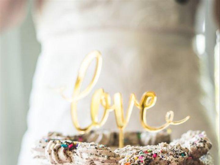 Tmx Case Cake As Wedding Cake Only1shot Photography 2 51 365394 161540234132145  wedding cake