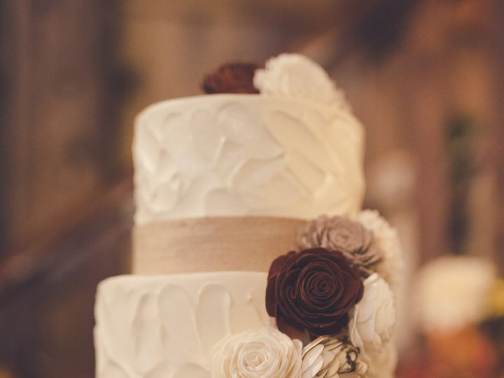 Tmx Rustic 3 Tier Wedding Cake With Wooden Roses 51 365394 161540234023020  wedding cake