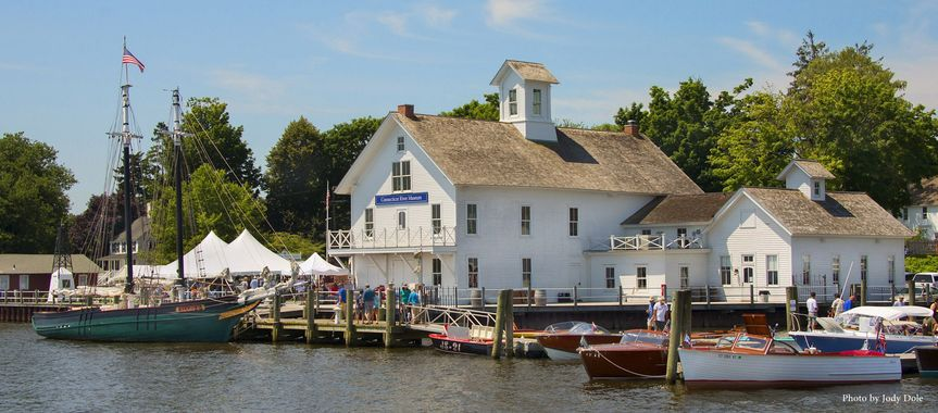 The Connecticut River Museum's Steamboat Dock and schooner Mary E.