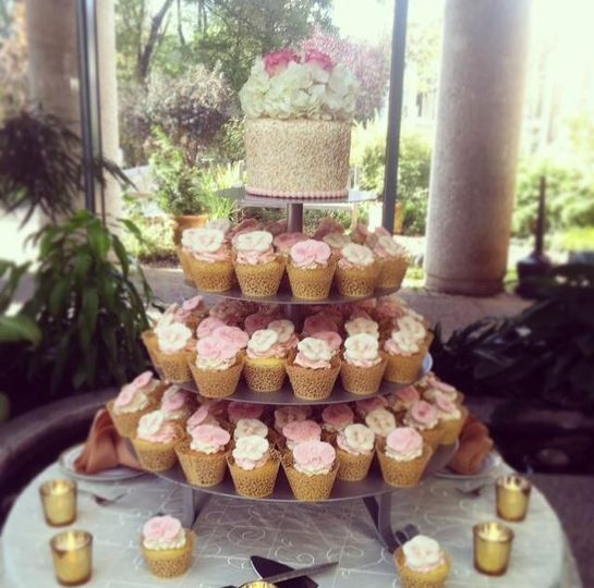 Cupcake tower and cake