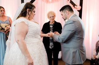 Tmx Img 3364 51 1008394 159234065165105 Georgetown, TX wedding officiant