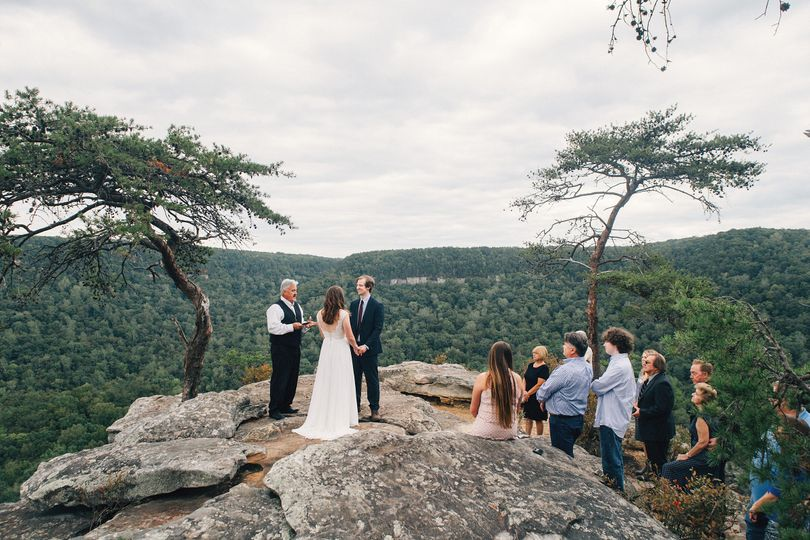 Wedding at Buzzard's Roost (Photo by: Cassie Lopez)