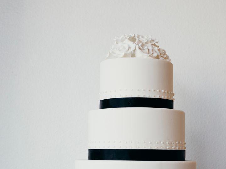 Tmx 1s8a5348 51 980494 1566935922 Los Angeles, CA wedding cake