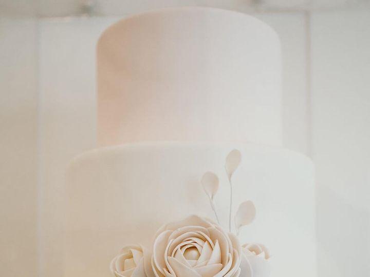 Tmx 30590923 2033618016901677 7591675018635902976 N 51 980494 1562613350 Los Angeles, CA wedding cake
