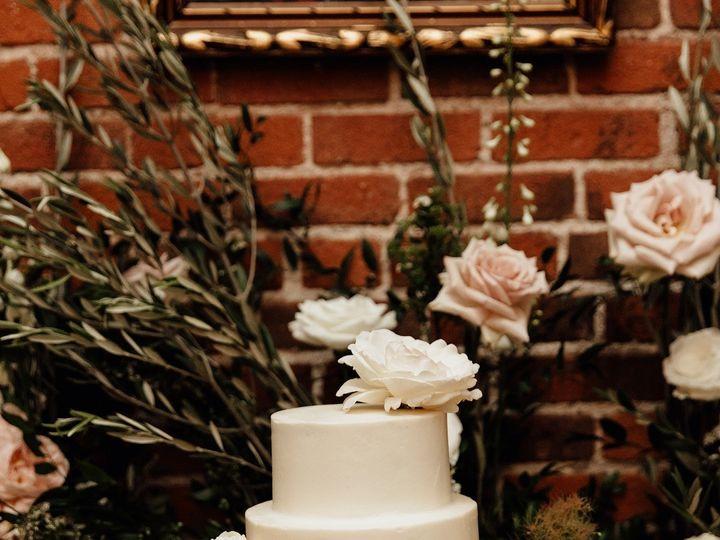 Tmx 49839751 1228877073932938 828449101683420481 N 51 980494 1562613373 Los Angeles, CA wedding cake