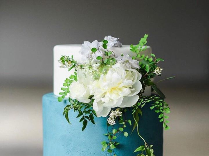 Tmx Bluemarble 51 980494 1562613364 Los Angeles, CA wedding cake