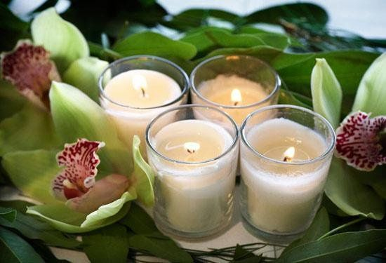 orchidcenterpiececandlescracklephotographymissoulaweddingphotographer jpg