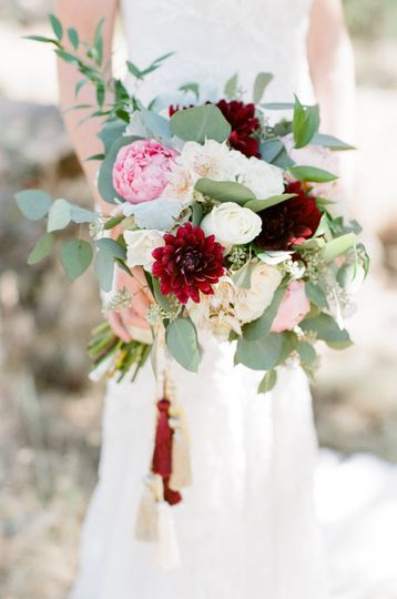 poppy pine flowers denver co weddingwire. Black Bedroom Furniture Sets. Home Design Ideas