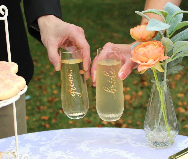 Bride & Groom Glasses