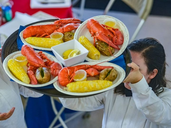 Tmx Lobster On Tray 51 184494 Nashua, NH wedding catering