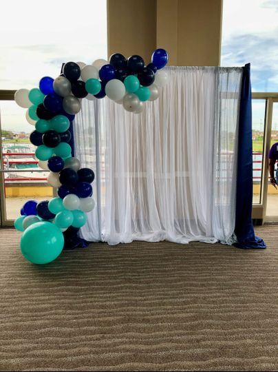 Balloon Garland with Draping