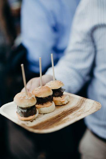 Mini buns | Savanah Loftus Photography