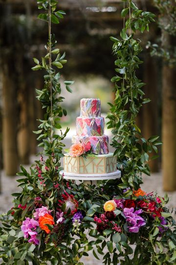 Garden glory: airlie gardens: knot too shabby events