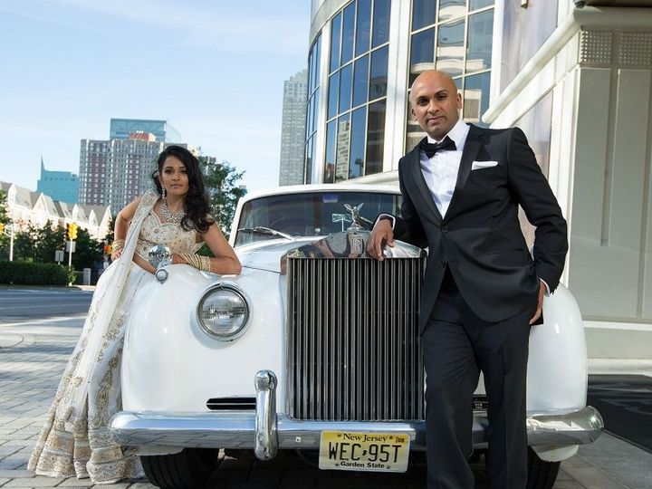 Tmx 1519748109 8b93d1f7c0111abb 1519748108 783fc67e28954333 1519748110845 9 ROlls Royce CLoud  Saddle Brook wedding transportation