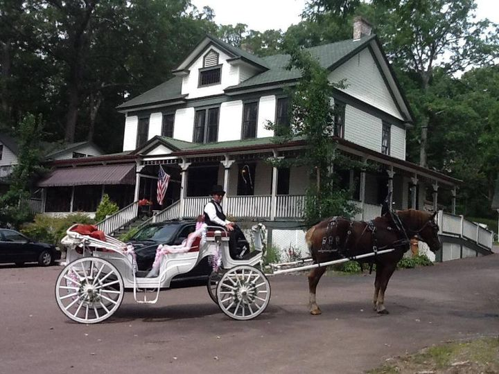 Horse carriage