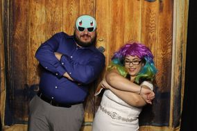 Creating Memories Photo Booth Rental