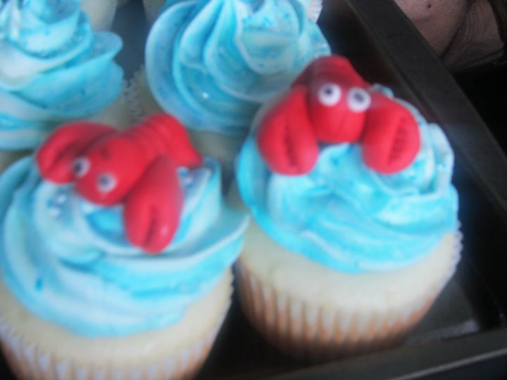 New England wedding...lobster cupcakes