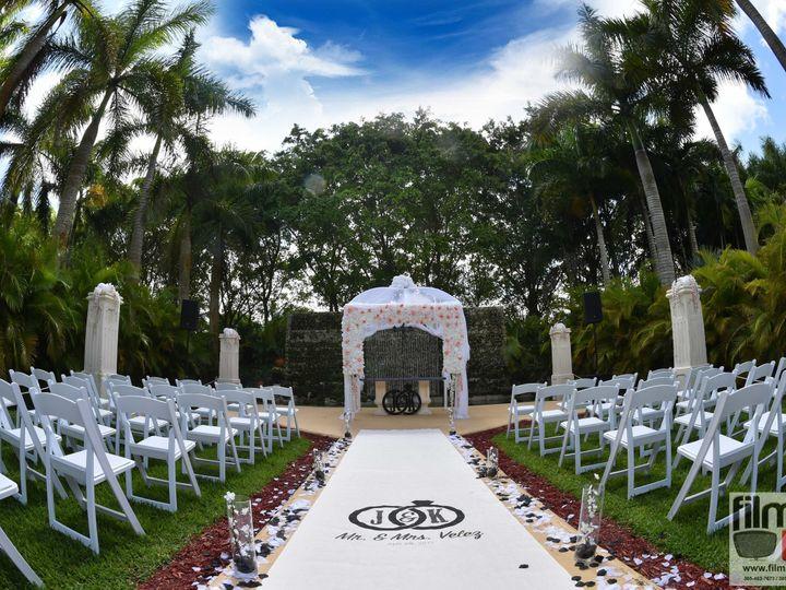 Tmx 1539049649 5475ba1fd999438c 1539049642 79ce2eaf8929d20c 1539049589892 17 THE KNOT 2018  17 Miami, FL wedding venue