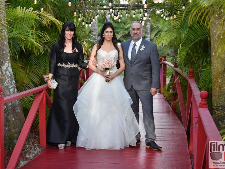 Tmx 1539049774 9d1cbdaef03176b1 1539049771 Eb3122d45f19226a 1539049589986 63 THE KNOT 2018  63 Miami, FL wedding venue