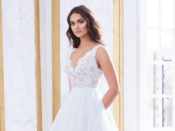 Tmx 4852 Front 51 777594 1571153206 Richmond wedding dress