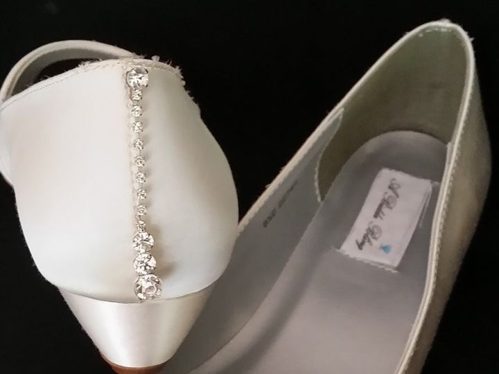Tmx 1452306932154 Ivory Wedding Shoe With Vintage Brooch Palm Harbor wedding dress