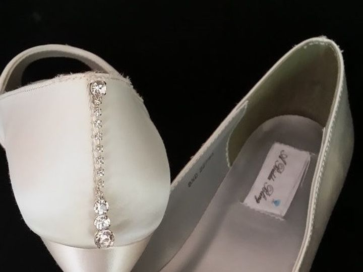 Tmx 1452307545033 Ivory Wedge With Pearl And Crystal Bow Palm Harbor wedding dress