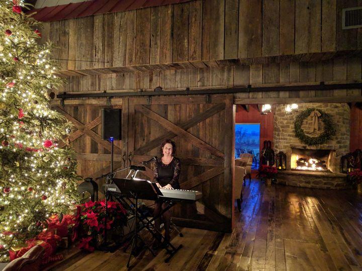 Christmas at the Olde Farm in Bristol, VA