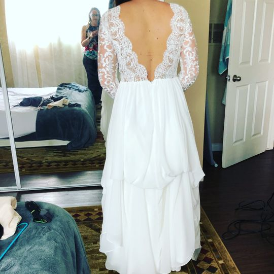 Add sleeves and bustle