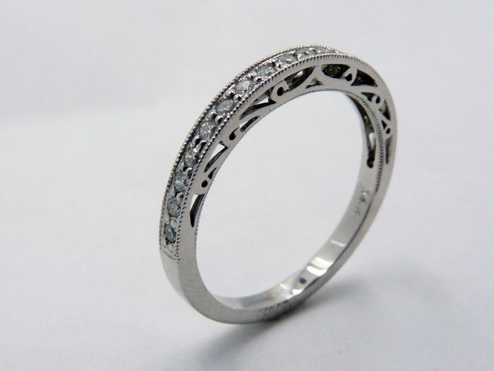 CAD rendering of the pave diamond wedding band