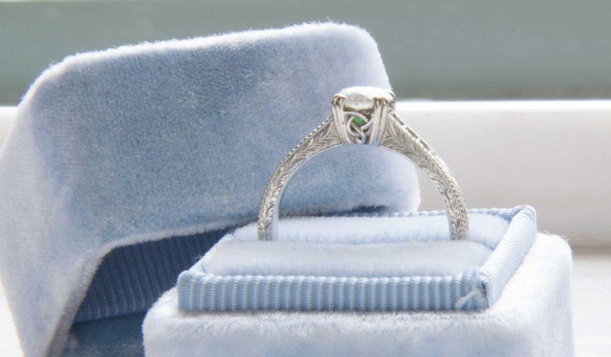 Custom made engagement ring with Keltic Knot