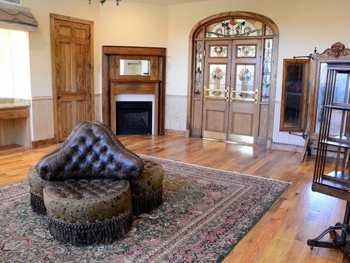 Tmx 1389994014890 Bridal Suite Resize Springtown, Texas wedding venue