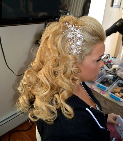 Curls with hair accessories
