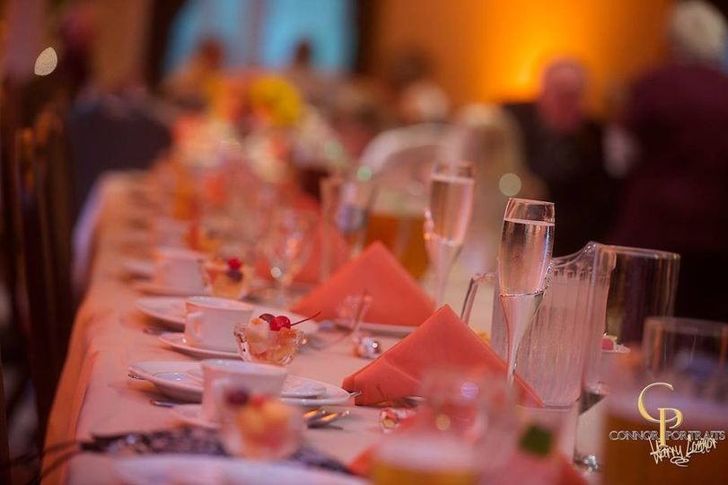 800x800 1417900046186 head table