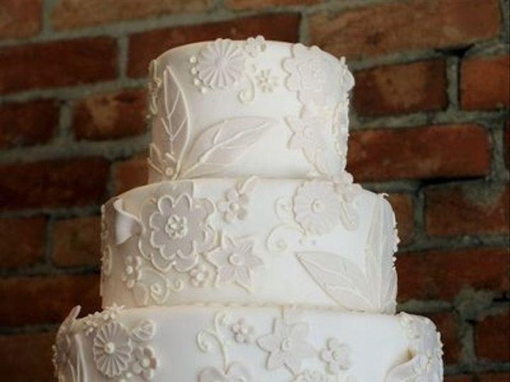 Tmx 1326926406659 Ivoryelegance1 Salisbury wedding cake