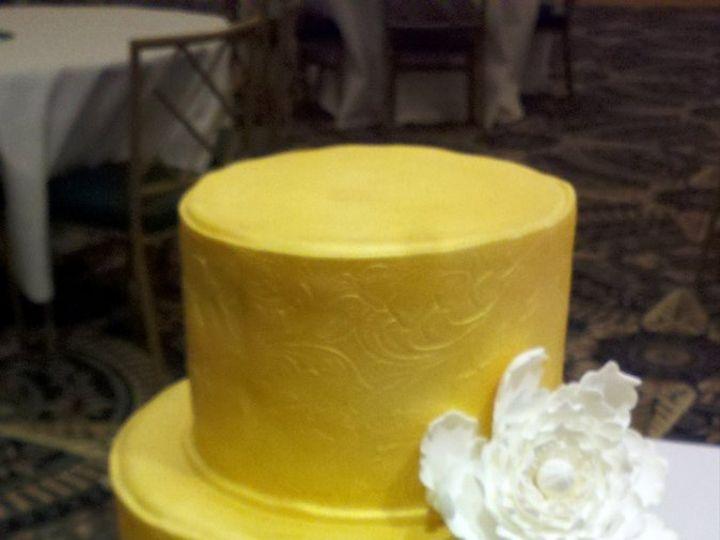 Tmx 1338932674449 Goldembossed2 Salisbury wedding cake