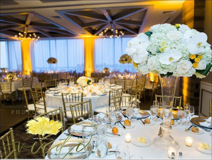 800x800 1485555376517 hamptons wedding florist sag harbor weddings monta