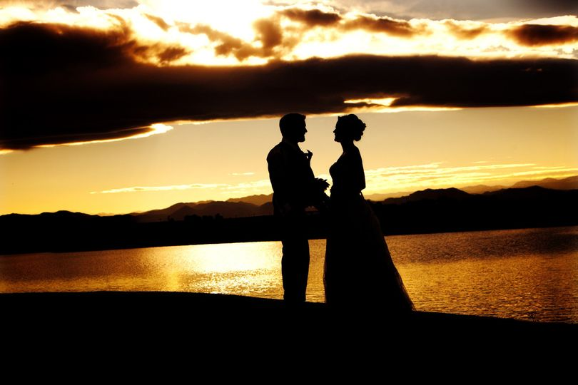 Enjoy beautiful sunsets at Todd Creek Golf club to capture romantic pictures on your wedding night!