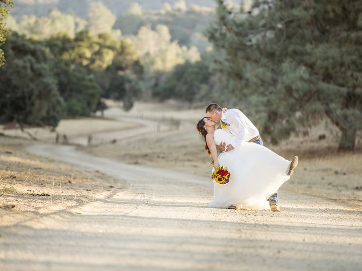 Tmx Ballinger 001 6807 Instagram 51 443794 San Juan Bautista, California wedding photography
