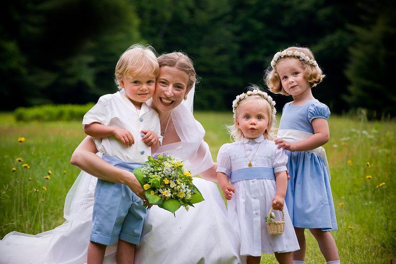 Cute Flower Children -LoveBuzz