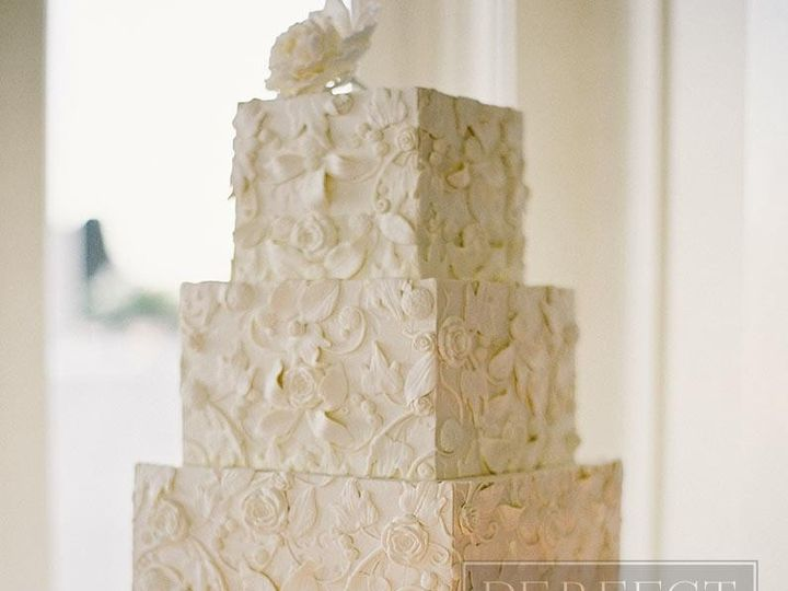 Tmx 1467260704256 Weddings Appliqueinivory 795px Napa wedding cake