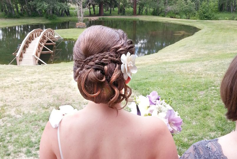 Braided updo shell accessory