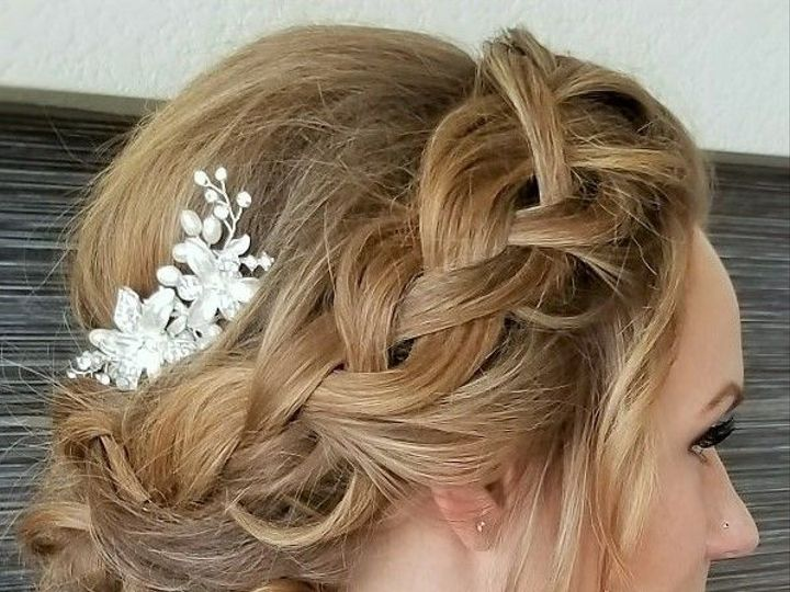 Tmx 1519350720 A21f829a0af3d503 1519350718 Dcaaa6905dcac717 1519350842112 20 Hair 10  3  Longmont, CO wedding beauty