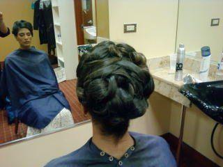 www.bridalhairstylist.com