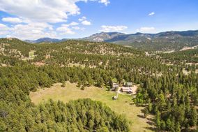 Meadow Creek Mountain Lodge and Event Venue