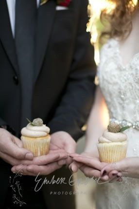 Tmx 1420765106589 Cupcake Shoot Dubuque wedding cake