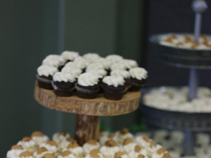 Tmx 1442688080030 Wedding 6 Dubuque wedding cake