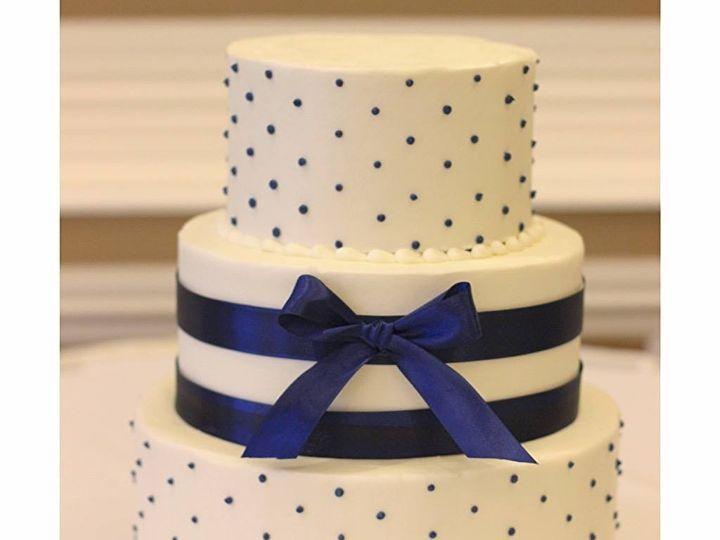 Tmx 1442688097292 Wedding 5 Dubuque wedding cake