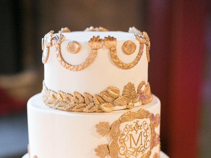 Tmx 1539207943 3f861f82b99be618 1539207941 7e26213e41c809b3 1539208305891 23 M C G O V E R N R Dubuque wedding cake