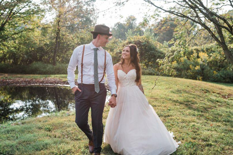 bride and groom formals 14 51 1012894 1572808683